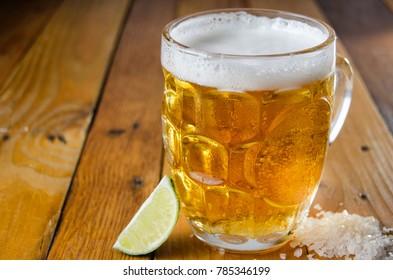 Beer jar with salt an lime