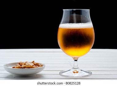 Beer with peanuts