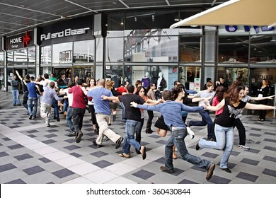 BEER SHEVA, ISRAEL - DECEMBER 10, 2010: Youth dance flash mob in a shopping center