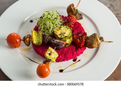 Beet salad with vegetables skewers