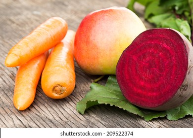 Beetroot, carrots and apple