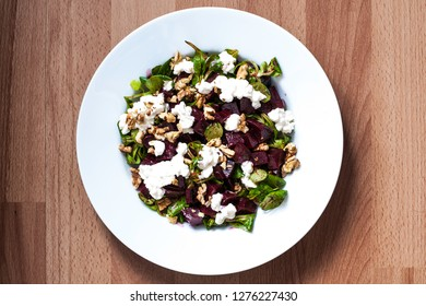Beetroot-cottage cheese homemade salad