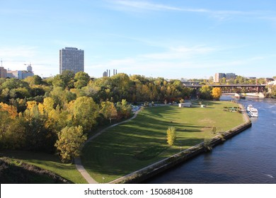 beginning of fall season with Mississippi river view that cross over University of Minnesota