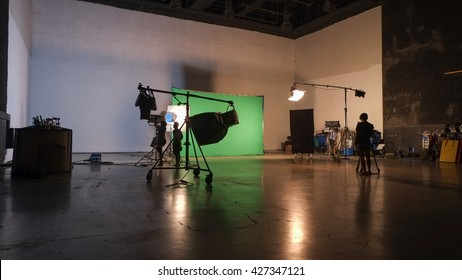 Behind the scenes Films & Commercial