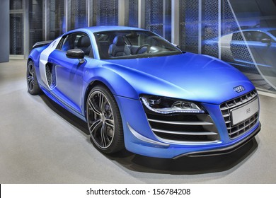 BEIJING-APRIL 17. Audi R8 in a showroom. Audi cars remain in high demand in US and China. Strong sales in those markets boosted Audi to new record for first eight months 2013. Beijing, April 17, 2013.