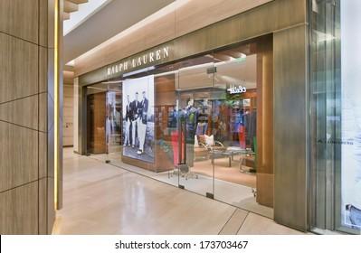BEIJING-JAN. 25. Ralph Lauren outlet. Recent years China was the engine of luxury goods industry, but a weakening in economic growth and bribery crackdown will temper demands. Beijing, Jan, 25, 2014.