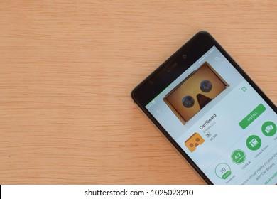 BEKASI, WEST JAVA, INDONESIA. FEBRUARY 15, 2018 : Google cardboard by Google dev application on Smartphone screen. Google cardboard is a freeware web browser developed by Google.