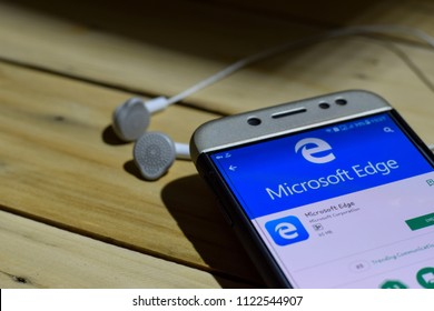 BEKASI, WEST JAVA, INDONESIA. JUNE 28, 2018 : Microsoft Edge by Google dev application on Smartphone screen. Microsoft Edge is a freeware web browser developed by Microsoft Corporation