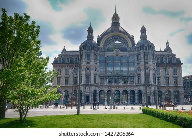 Belgium, antwerp - april 28, 2018  : travelling around the antwerpen city and the shopping area