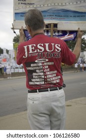 A believer in Jesus Christ protesting against Democratic candidates and US Senator Hillary Clinton in Des Moines, Iowa, August 19, 2007