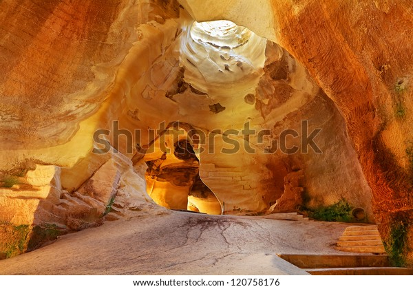 Cueva bell en Tel Maresha. Parque Nacional Geológico e Histórico, Israel