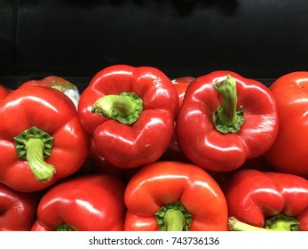 The bell pepper is a cultivar group of the species Capsicum annuum. Cultivars of the plant produce fruits in different colors, including red, yellow, orange and green.