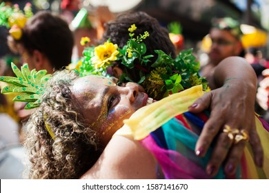 """BELO HORIZONTE, BRAZIL - MARCH 03, 2019: People celebrating Carnival on a street at """"Alo Abacaxi"""" carnival block"""