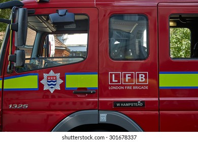 Belsize Park, London, UK, 31st July, 2015. London Fire truck