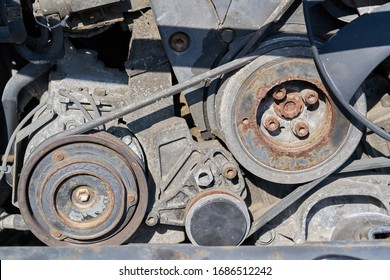 Belt drive on disassembled car