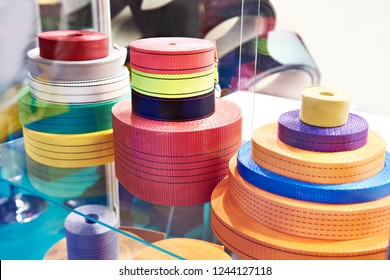 Belts made of polyester ties for cargo in store