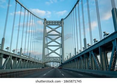 Ben Franklin Bridge in Philadelphia , Pennsylvania, USA