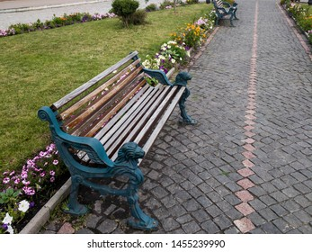 benches in the old town, benches on a stone alley