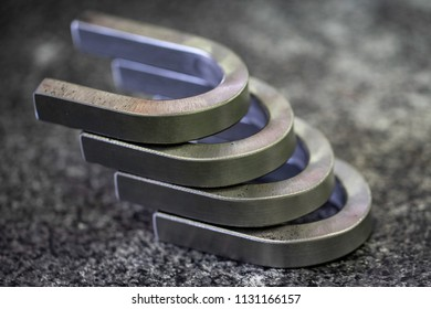 Bend test specimen after testing, the defects including crack and fracture on convex side shall not exceed the allowable limit.