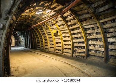 Bended corridor in modern mine