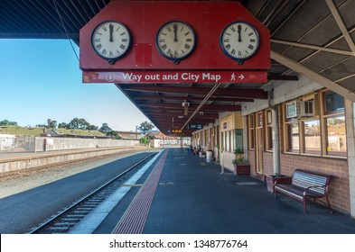 Bendigo, Australia - October 28, 2018: Bendigo railway station opened in 1862. Bendigo is connected by VLine train to Melbourne, Swan Hill and Echuca.