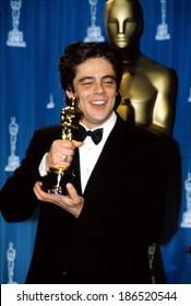 Academy Awards 2001 Images, Stock Photos & Vectors