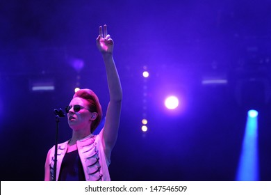 BENICASIM, SPAIN - JULY 18: Elly Jackson, singer, keyboardist, writer and producer of La Roux, concert at FIB (Festival Internacional de Benicassim) 2013 Festival on July 18, 2013 in Benicasim, Spain.
