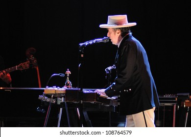 BENICASSIM, SPAIN - JULY 13: Bob Dylan performs at FIB on July 13, 2012 in Benicassim, Spain. Festival Internacional de Benicassim.