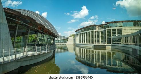 Bentonville, Arkansas / USA - November 04 2018: View of Crystal Bridges Museum of Art in Bentonville, Northwest Arkansas, Modern architecture