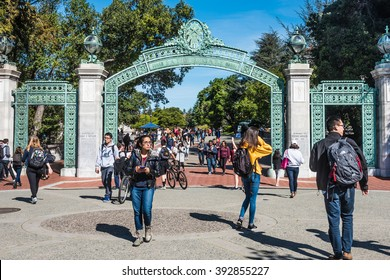 Berkeley, California - March 16, 2016: Students pass through Sather Gate, an historic landmark built in 1910 that leads from Sproul Plaza to the center of the University of Berkeley, California.