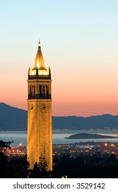 Berkeley University Sather Tower Zoom, California
