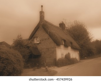 Berkshire Thatched Cottage Bungalow, England