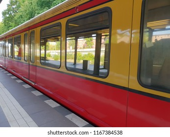 Berlin bahn train
