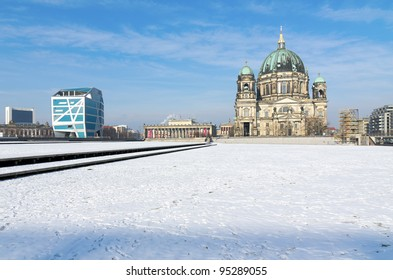 Berlin Cathedral (Berliner Dom) and Humboldt Box in Winter
