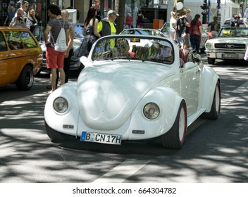 BERLIN CLASSIC CAR SHOW – JUNE 18, 2017: Classic white VW beetle at the Classic Cars Show in Berlin