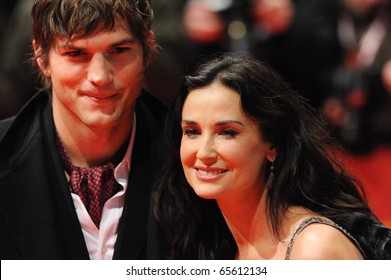 BERLIN - FEB 11: Demi Moore and Ashton Kutcher attends the premiere 'Happy Tears' of the 59th Berlin Film Festival at the Berlinale Palast. February 11, 2009 in Berlin.