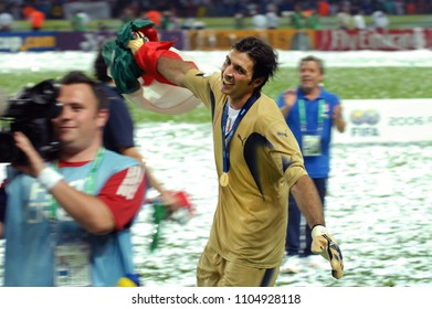 Berlin Germany, 07/09/2006, FIFA World Cup Germany 2006, Italy-France Final Olympiastadion:Gianluigi buffon celebrate after the victory