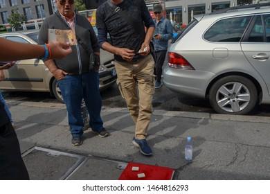 Berlin, Germany - 12 Juli 2019:  Berlin Shell game streets Mafia in action