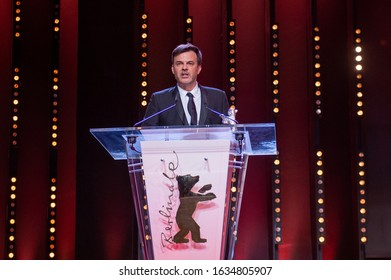 BERLIN, GERMANY: 16 February 2019French director Francois Ozon (François Ozon) speaks after receiving the Silver Bear grand jury Prize during the awards ceremony of the 69th Berlinale film festival