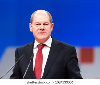 Berlin, Germany, 2017-12-07, German politician Olaf Scholz, SPD, mayor of Hamburg, speaks at the party meeting