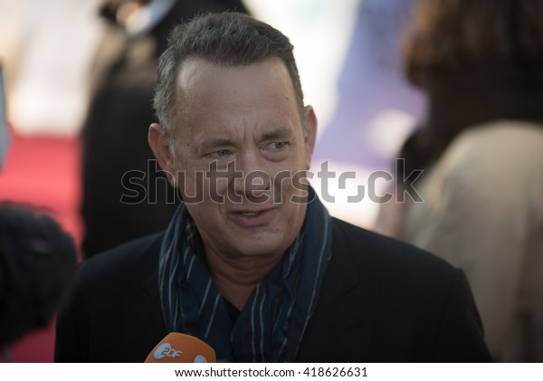 BERLIN - GERMANY - April 24: Tom Hanks at the Europe premiere from Ein Hologramm für den König at Zoo Palast on April 24, 2015 in Berlin, Germany
