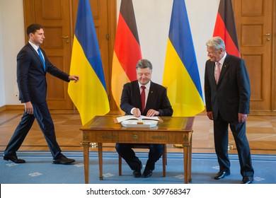 BERLIN, GERMANY - Aug 24, 2015: President of Ukraine Petro Poroshenko and German President Joachim Gauck during a meeting in Berlin