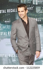 BERLIN, GERMANY - AUGUST 13: Colin Farrell attends the German premiere of 'Total Recall' at Sony Center on August 13, 2012 in Berlin, Germany