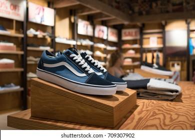 vans boutique