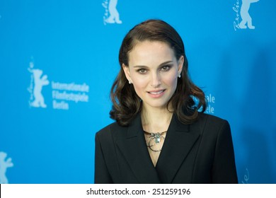 BERLIN, GERMANY - FEBRUARY 08: Natalie Portman attend the 'Knight of Cups' photocall. 65th Berlinale International Film Festival at Grand Hyatt Hotel on February 8, 2015 in Berlin, Germany