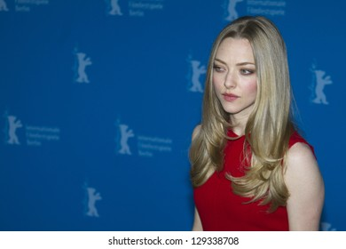 BERLIN, GERMANY - FEBRUARY 09: Actress Amanda Seyfried attends the 'Lovelace' Photocall during the 63rd Berlinale  Film Festival at Grand Hyatt Hotel on February 9, 2013 in Berlin, Germany.