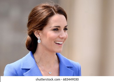 BERLIN, GERMANY - JULY 18, 2017: CATHERINE DUCHESS OF CAMBRIDGE DURING VISIT IN GERMANY - FANS