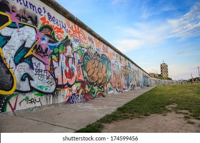 BERLIN, GERMANY : JUNE 1,2013: Art gallery of Berlin Wall at East side of Berlin, Germany