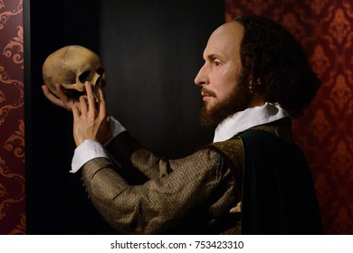 BERLIN, GERMANY - OCT 1, 2017: William Shakespeare, an English poet, playwright, Madame Tussauds  Berlin wax museum.
