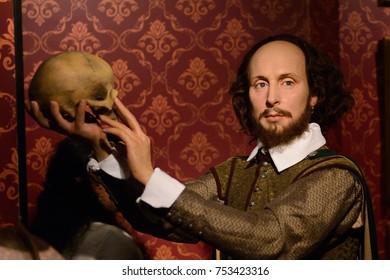 BERLIN, GERMANY - OCT 1, 2017: William Shakespeare, an English poet, playwright, Madame Tussauds  Berlin wax museum.